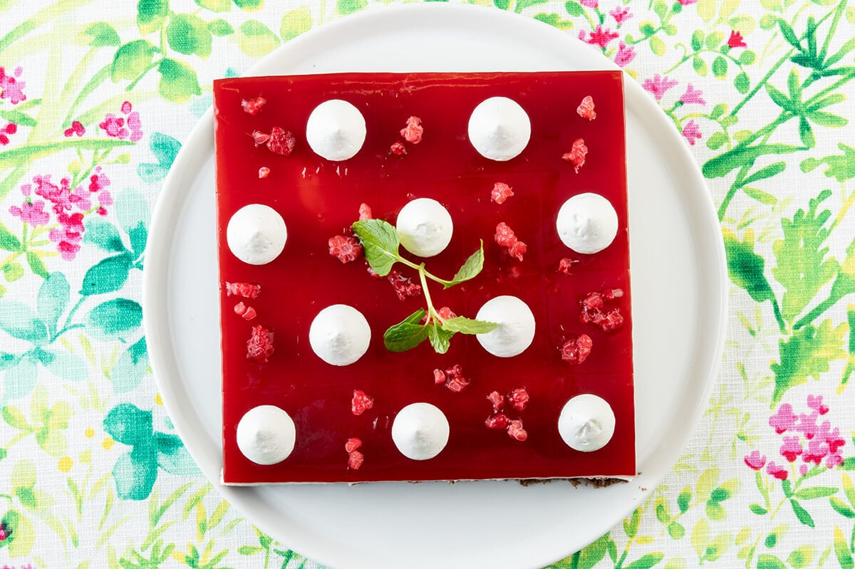 フランボワーズのホワイトチョコケーキ スイパラ