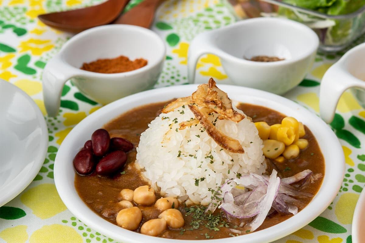 スイパラの豆のスパイスカレー