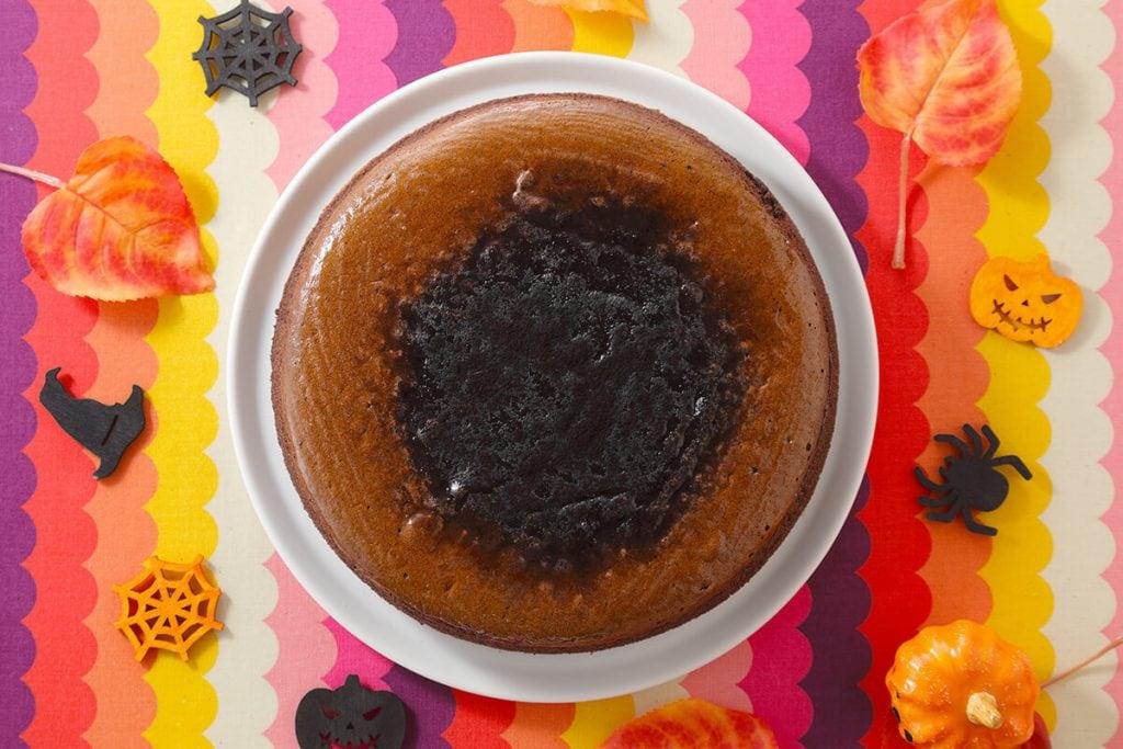 スイーツパラダイスのハロウィン 真夜中のブラックホールスフレ