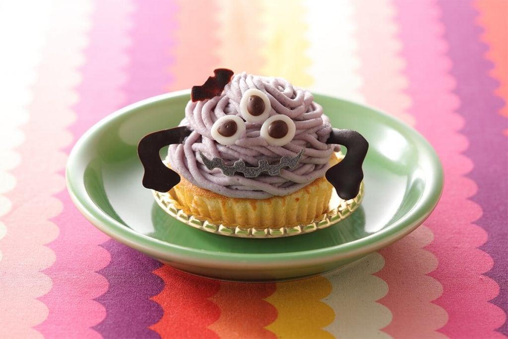 スイパラのハロウィン スイーツモンスターケーキ「がんこ者のマシュー」